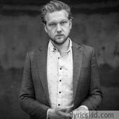Alexander Wolfe Lyrics